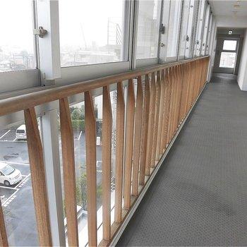 白とウッドはナイスコラボ!※写真は5階の同間取り別部屋のものです。