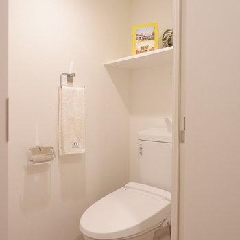 お手洗いも新しくなっています。※家具はサンプルです