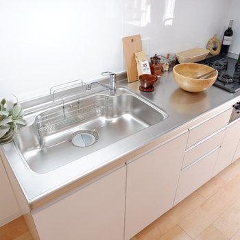 【LDK】料理の幅が広がりますね。※家具はサンプルです