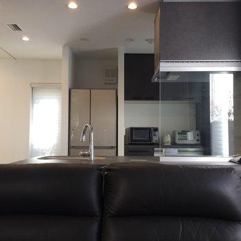 【LDK】家具付きがうれしいですね。