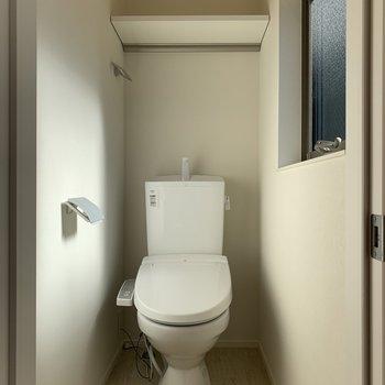 トイレは個室です。