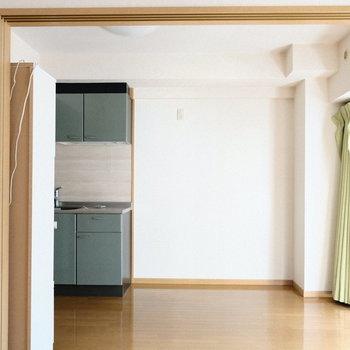 戸もあるので仕切ることもできます◎※写真は5階の同間取り別部屋のものです