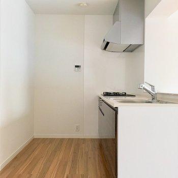 キッチンも広くて使いやすそう!※写真は2階の同間取り別部屋のものです
