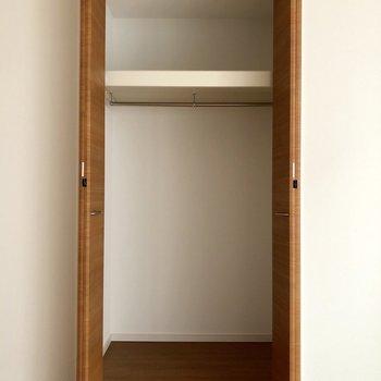 【上階間取り図上の洋室】ちょうどいいくらいかな?