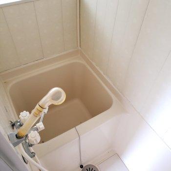 超コンパクトなバスルーム