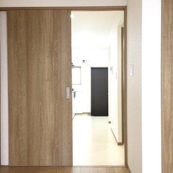 ドアは引き戸です。 ※写真は前回募集時のものです