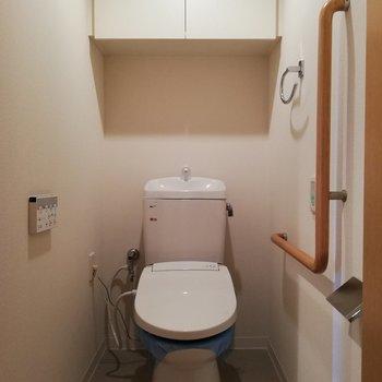トイレはもちろんウォシュレット※写真は16階の同間取り別部屋のものです