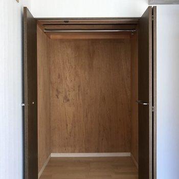収納も奥行きたっぷり。※写真は別棟2階の同間取り別部屋のものです