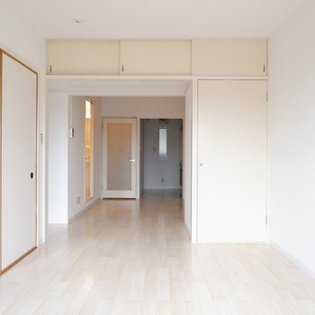【LDK】奥行きあります!!※写真は1階の同間取り別部屋のものです