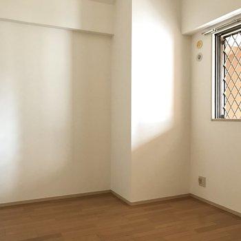 4.7帖のコンパクトな洋室は念願の趣味の部屋♩
