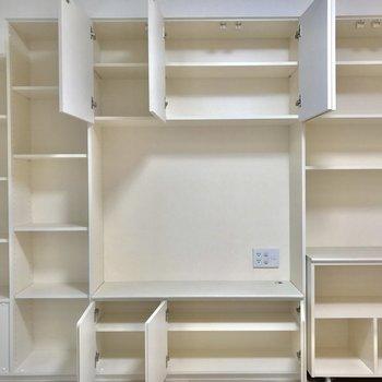 見せる収納を心がけつつ、隠したいモノも収納できます※写真は1階の反転間取り別部屋のものです