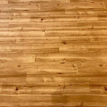 床はこの木目、、、キュンとしちゃう!