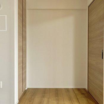 【LDK4.5帖】奥には収納が!※写真は7階の同間取り別部屋のものです