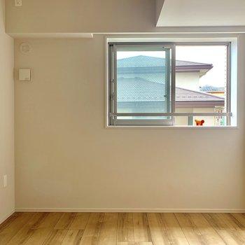 【6.0帖】こども部屋にちょうどいい。窓も高めで安心です。※写真は4階の同間取り別部屋のものです