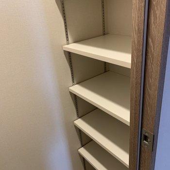 靴はあまり増やしすぎない方がいいかもしれません。※写真は4階の同間取り別部屋のものです