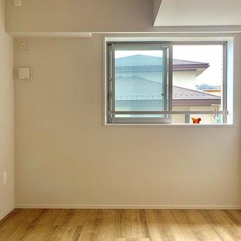 【6.0帖】こども部屋にちょうどいい。窓も高めで安心です。