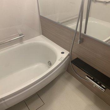 浴槽がホテルのような。