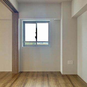【5.5帖】LDKにつながるお部屋がもうひとつ※写真は7階の同間取り別部屋のものです