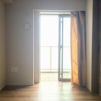 少しコンパクトですね※写真は5階の反転似た間取りの別部屋のものです