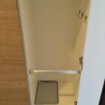 傘立てだって付いてるんだから〜※写真は5階の反転似た間取りの別部屋のものです