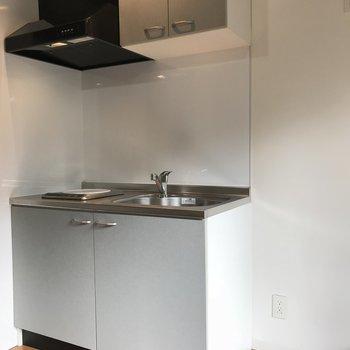 キッチンは収納もちゃんとありますが※写真は2階の反転間取り別部屋のものです。