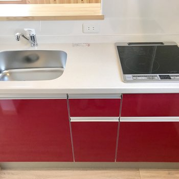 赤いキッチンかわいい!!!