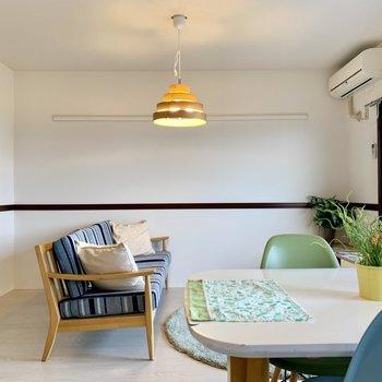 【LDK】長押もあるのでドライフラワーを飾ったり。※家具はサンプルになります