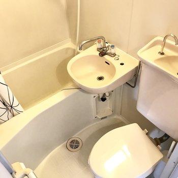 水回りはぎゅぎゅっと。慣れればお掃除もしやすいですよっ。 (※写真は清掃前のものです)