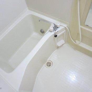 追い焚き機能がついているので、お風呂も浸かりやすいですね※写真は前回募集時のものです
