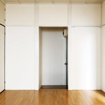 【玄関】靴箱がないのでお部屋に合う靴箱を用意しましょう