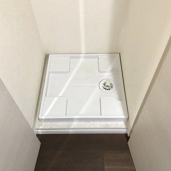 そして玄関横には洗濯機も隠れていました。※写真は2階の同間取り別部屋のものです