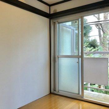【4.5帖寝室】この角の空間もいい雰囲気。