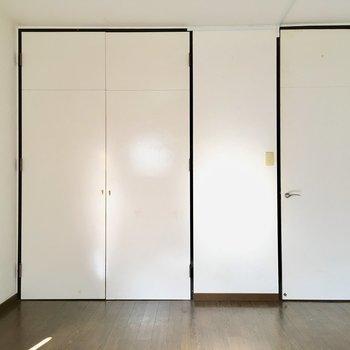 シンプルなお部屋は使いやすんですっ!(※写真は通電・清掃前のものです)