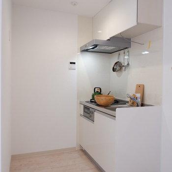 キッチンスペースゆとりありますね。※家具は見本です