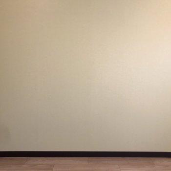 個室① クロスは爽やかなアップルグリーンで!