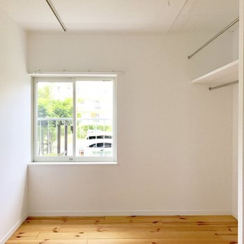 寝室はコンパクトめ…△※写真は前回募集時のものです