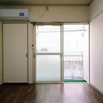 落ち込む事もあるけれど、私この部屋が好きです