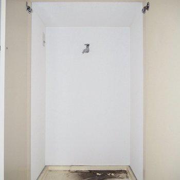 洗濯機は隠せます※写真は通電・クリーニング前のものです