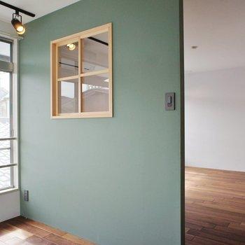 仕切る壁がかわいい!※写真は2階同間取り別部屋のものです