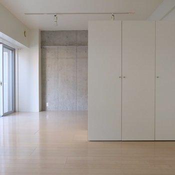 こうすると ※写真は2階の同間取り別部屋のものです。