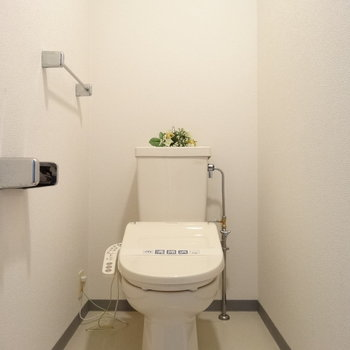 トイレもウォシュレット付きでとっても綺麗!(※写真はモデルルームです)
