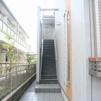 階段スペースも広々