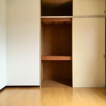 収納は3段あります。収納ボックスを組み合わせて使いましょ。