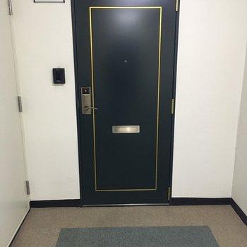 お部屋の鍵はカードキーでスマートに