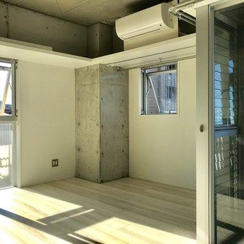 デザイナーズのクールさも残します※写真は4階の同間取り別部屋のものです