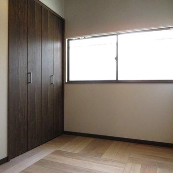 2.5帖の寝室