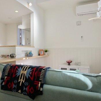 爽やかな雰囲気で気持ちいい※写真は1階の反転間取り別部屋のお部屋です