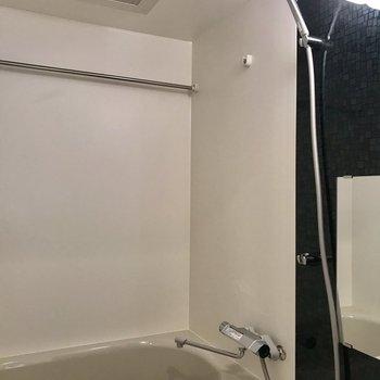 お風呂には浴室乾燥!洗濯物がはかどりますね~