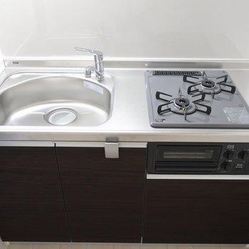 調理場スペースはシンクトレーを活用しましょ◎