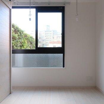 窓からはグリーンビュー
